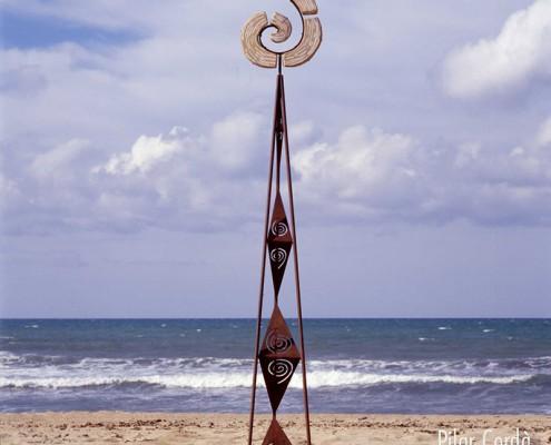 Escultura Pilar Cerdà 'La rosa dels mil pètals'