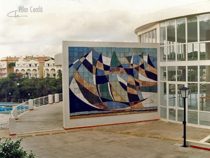 Mural de Pilar Cerdà 'Barques trencades'
